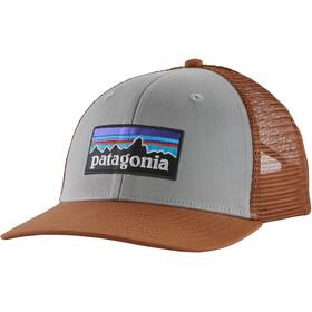 Patagonia P-6 Logo Gorra de Camionero, drifter grey
